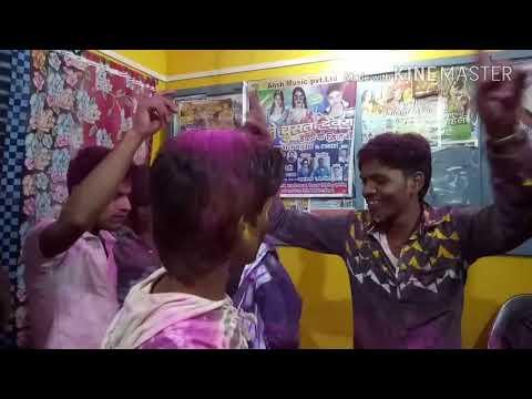 Holi Me Jobanawa Ke Kahela Ki Aol Hai Super Dance Dj Song Dosto Ka Dhamaka Dance 2018 Holi Dance Hit