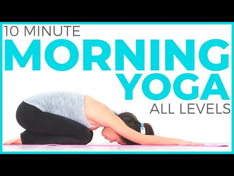 10 minute Morning Yoga Flow | SarahBethYoga.com
