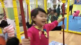 라임 점핑파크 방방이 키즈카페 어린이 놀이터 놀이동산에서 실시간 방송하다!  Indoor Playground Family Fun for Kids