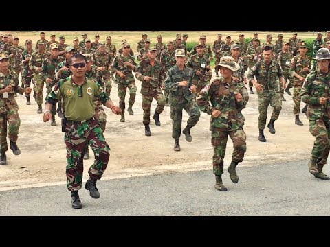 Awesome Cambodia Army BHQ Training Dancing is krang jek military bases