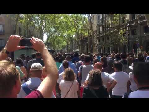 Crowd Chants 'We Are Not Afraid' After Minute Silence in Barcelona
