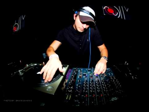 Andy C - Breezeblock Headline Set 24-09-01