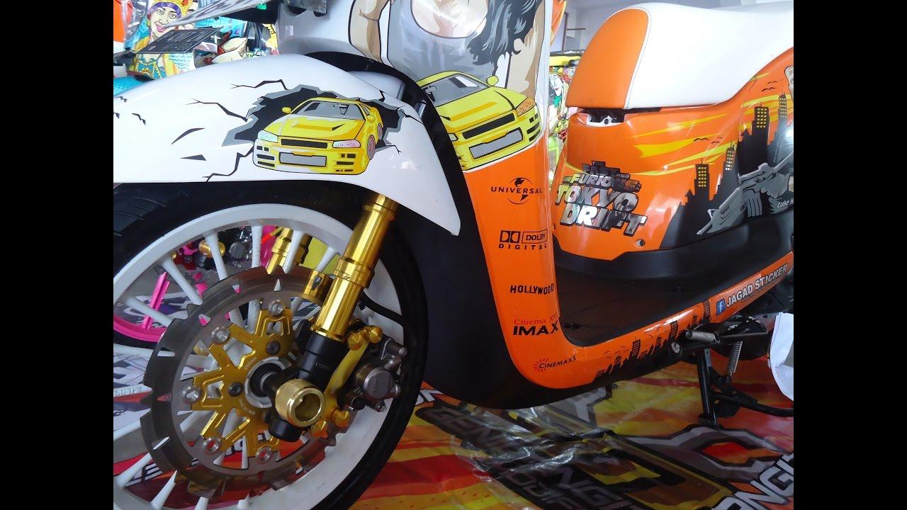 JDM Style Honda Scoopy ESP 2016 Modifikasi Street Racer
