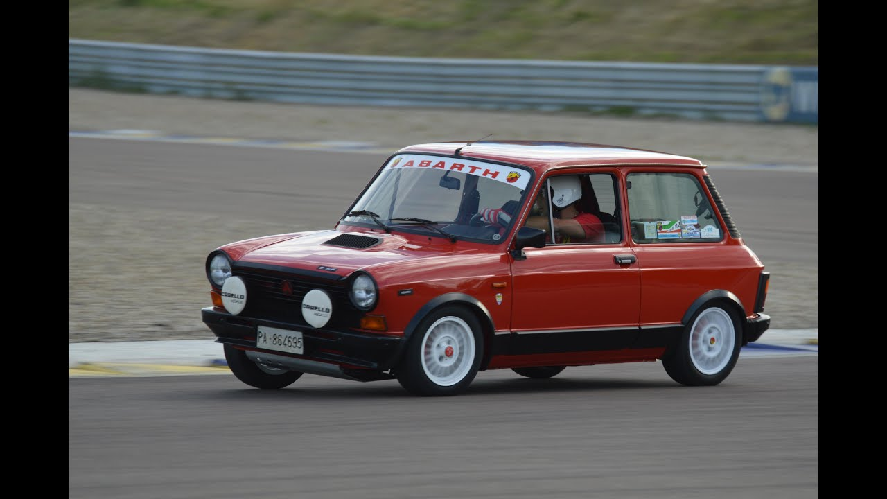 FAST! Autobianchi A112 Abarth: action on track