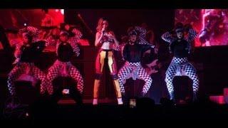 Rihanna - Jump - DVD The Diamonds World Tour Live At Buffalo (HD)