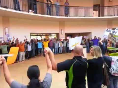 Kauai Agriculture Supporters Join Mayor in Song