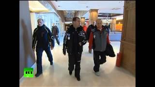 Владимир Путин и Дмитрий Медведев осмотрели гостиничный комплекс в Сочи и покатались на лыжах