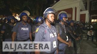 Mass brawl in S Africa parliament during Zuma speech