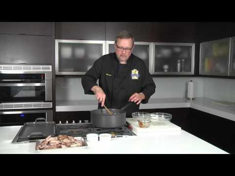 Making Barbequed Pork With Leftover Pork Roast : Chef Tips & Recipes