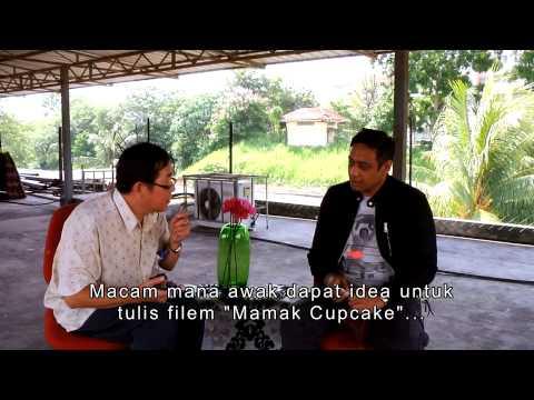 Funny Interview : Cheeman Vs Mamak Cupcake