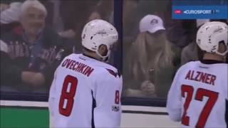 видео Гимаев бьет стекла на Арене Металлург / Gimayev's shot breaks glass