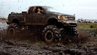 Mud trucks GONE WILD !!! 2016 NEW OfFrOaD RaCiNgG !!! 4x4 MUD BOGGING TO THE LIMITS