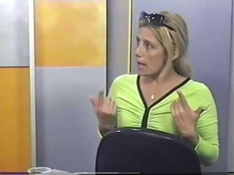 [The Place Tv] Rita Cadillac sensualiza e abre o jogo no Domingo Show