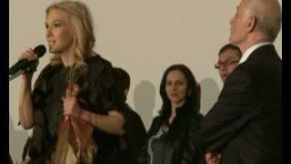 Repeat youtube video Premiera Weekend cu mama la CinemaPro