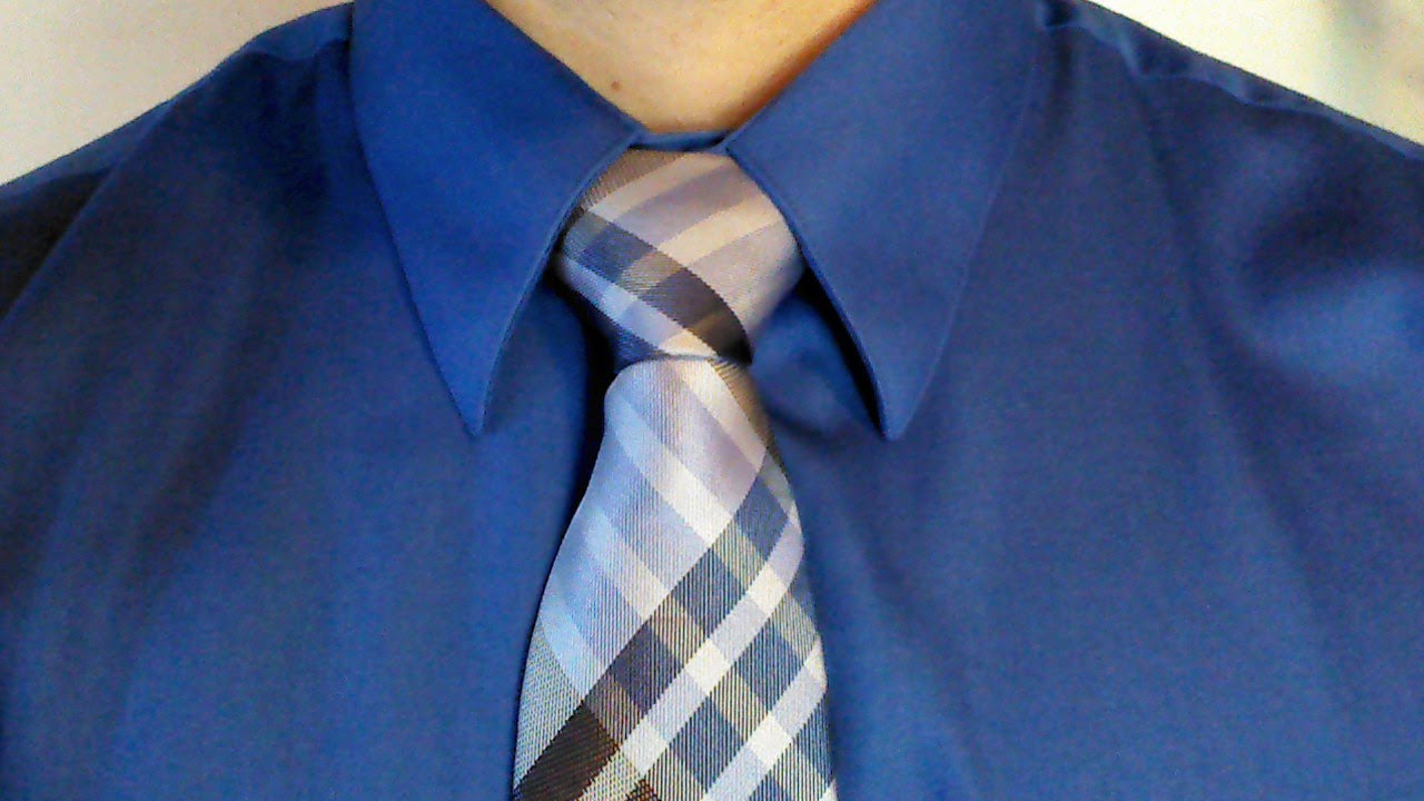 HOW TO: Tie A Full Windsor Knot Tutorial - YouTube