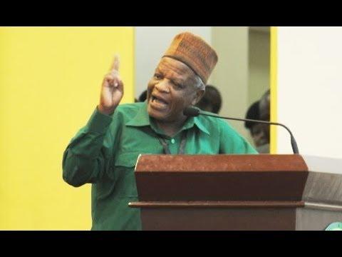 Mzee Makamba Atema Nyongo CCM, Awapa Makavu Lowassa na Mbowe