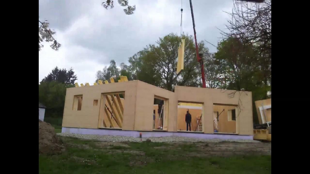 Montage d 39 une maison passive en ossature bois par maisons voegel et b conception youtube - Maison passive en bois ...