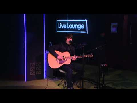 Jake Bugg - Slide Away in the BBC Radio 1 Live Lounge