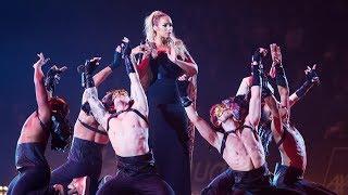 Leona Lewis - Fireflies live at Art on Ice 2013 HQ