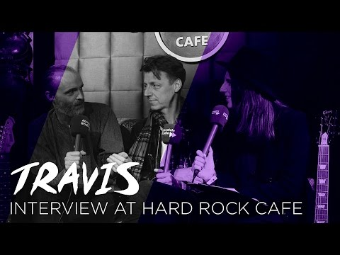 Travis Chat To Danielle At Hard Rock Cafe