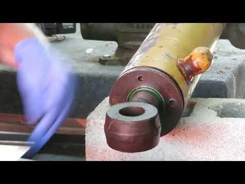 Case 580 Super L, Backhoe Stabilizer Cylinder - YouTube