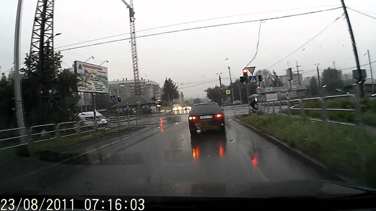 Дороги Челябинска. Чмо на Lanos А228ВХ74