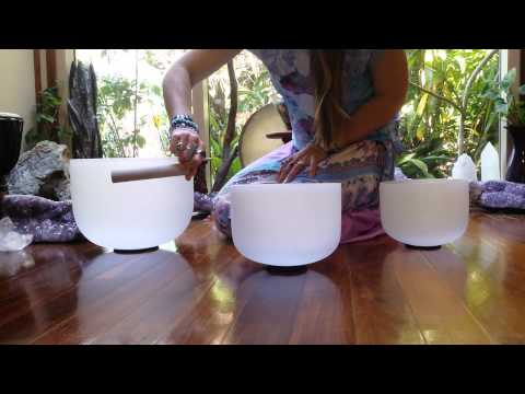 Crystal Singing Bowl - Quick Demo with Crystal Mountain