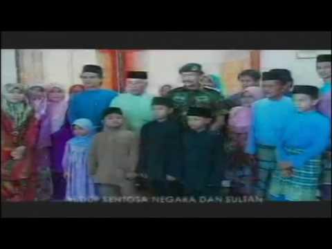 Brunei's National Anthem: Allah Peliharakan Sultan (RTB) - Old version