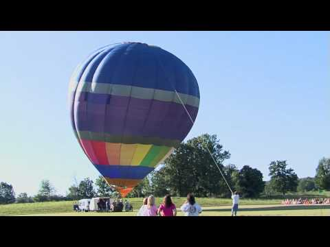 Russell Springs Elementary School's 2009 Hot Air Balloon Drop For Cash