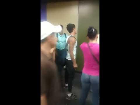 Robos colectivos en el Metro de Caracas 2016