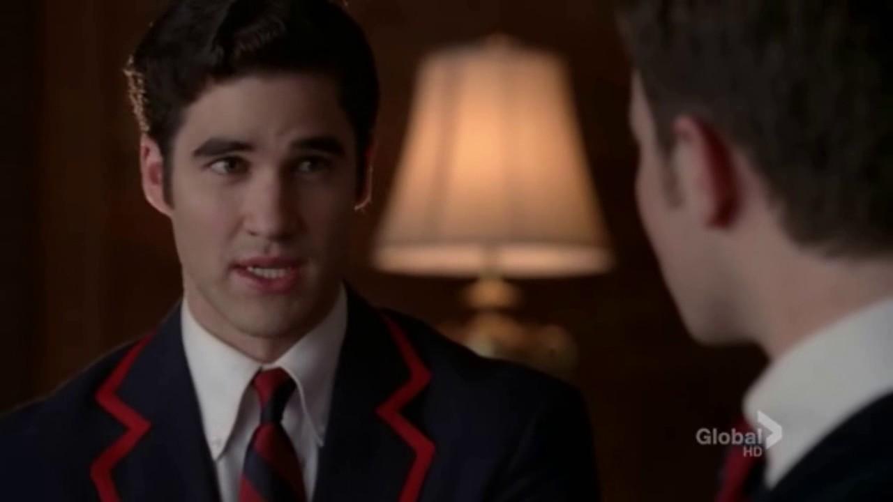 Glee Kurt Blaine Kiss: Primer Beso Klaine [Original Song 2X16]
