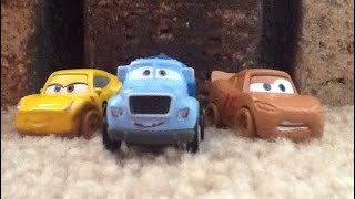 Disney cars mini racers demolition derby 3 pack review