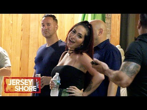 Double Trouble at the Club 👊 'Sneak Peek' | Jersey Shore: Family Vacation | MTV