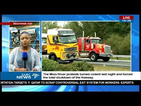 UPDATE: N3 toll road Mooi River violent protest