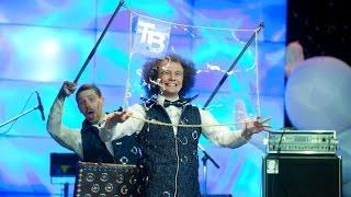 Шоу мыльных пузырей Bubble Company.