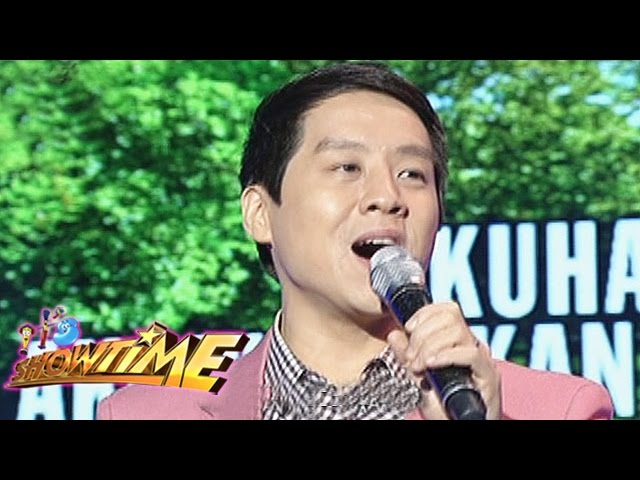 "It's Showtime Singing Mo To: Richard Poon sings ""Kahit Maputi Na Ang Buhok Ko"""