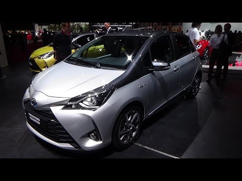 Toyota Yaris Hybrid Y - Exterior and Interior - Paris Auto Show