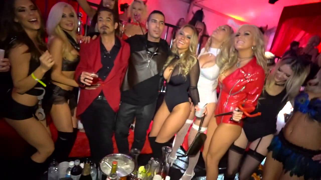 maxim halloween party 2015 dubstep version