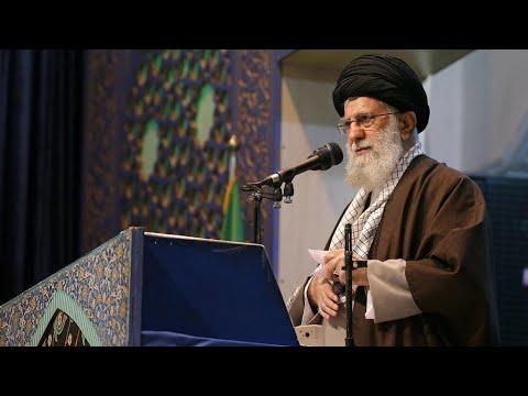 Fait rare, le guide suprême iranien Ali Khamenei préside la grande prière du vendredi
