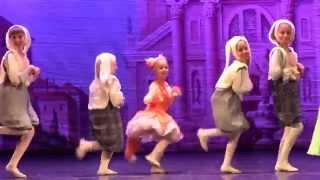 Балет'Коппелия'.Школа'Новый театр танца'.Зайцы и лиса.