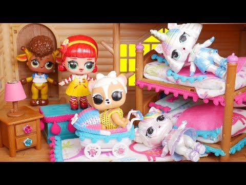 LOL Surprise New Bunk Bed Furniture Dolls with Barbie Ambulance Goldie