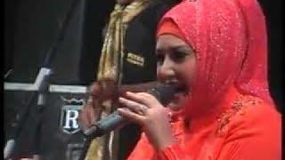 Download Video NEW PALLAPA  Evi tamala - caka live 2013 MP3 3GP MP4