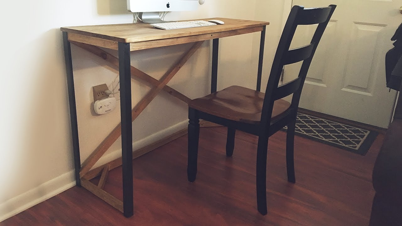 Simple Diy Desk With Metal Legs