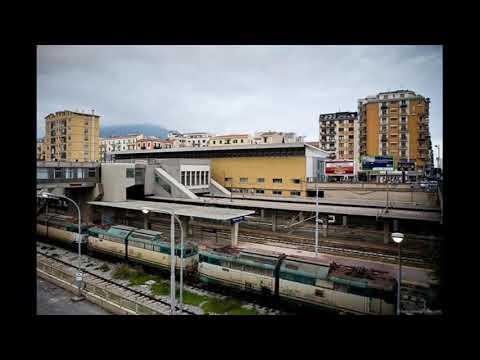Annunci temporanei della Stazione Metropolitana di Palermo Notarbartolo