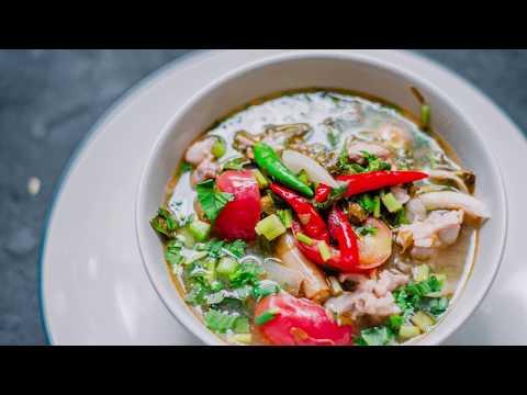ต้มไก่ใบมะขาม (Boil chicken) - อุดมสมบูรณ์