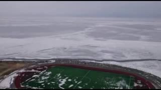 Оторвало льдину с рыбаками! Рыбаков уносит в море!