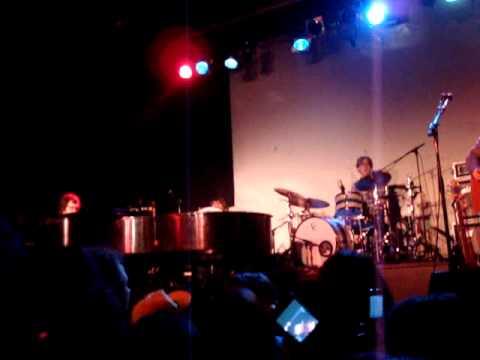 Ben Folds performs Sleazy by Ke$ha