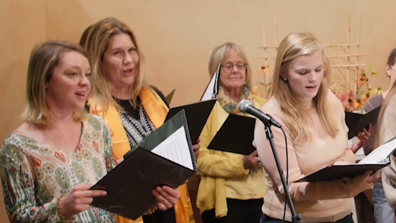 "Aspen Noise sings ""And We Know We're Connected"" Hymn at Aspen Chapel"