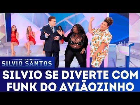 Silvio se diverte com funk do aviãozinho  | Programa Silvio Santos (11/03/18)