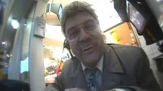 Horst Schlämmer bei McDonalds